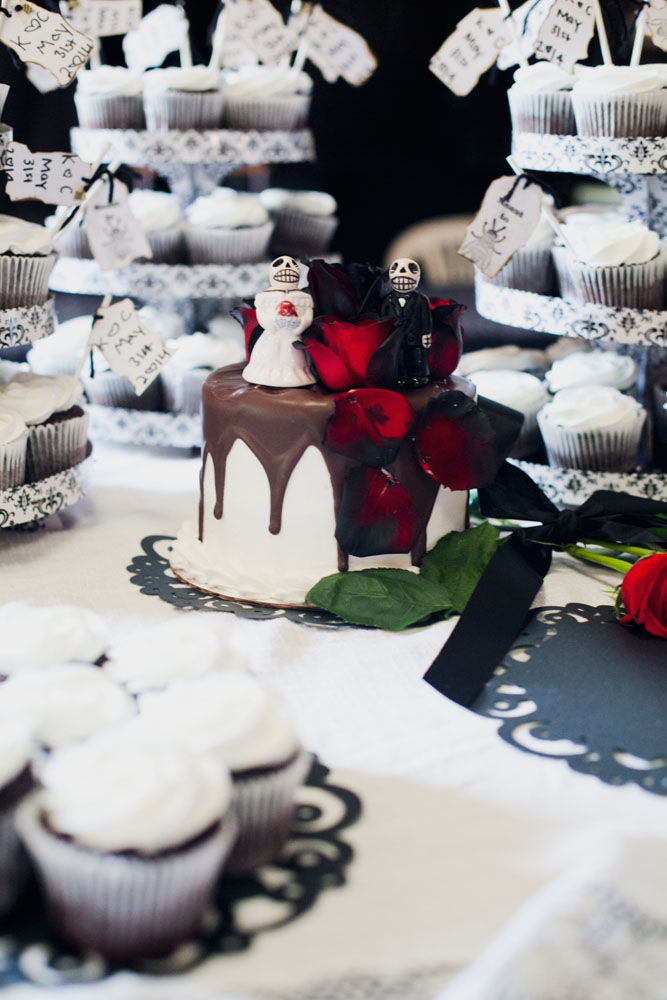 addams family wedding cake macabre weddings quot family wedding quot 10539