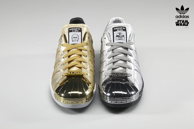 pas cher pour réduction 6c968 cdee5 Galactic Franchise Footwear : adidas Superstar Star Wars