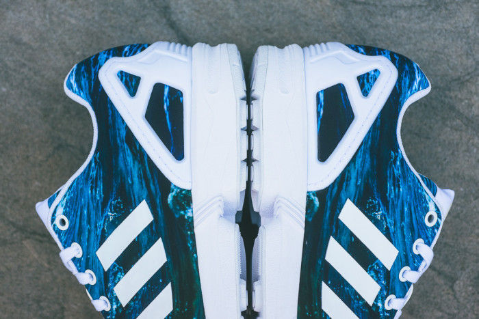 067d0e8ef Wave-Patterned Sneakers   Adidas ZX Flux Ocean Waves