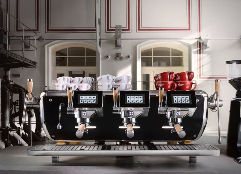 Technologically Advanced Espresso Machines