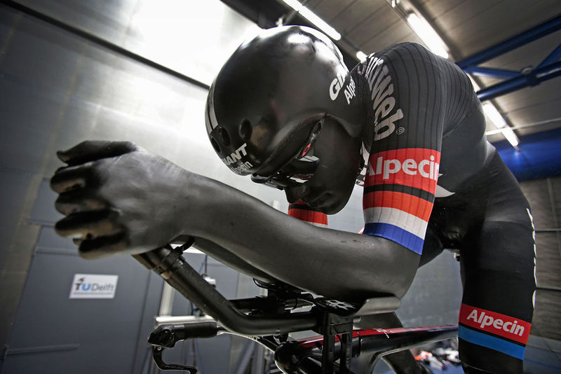 Aerodynamic Cycling Bodysuits