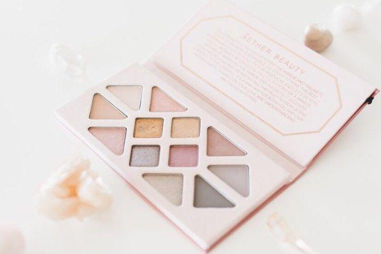 Waste-free Eyeshadow Palettes