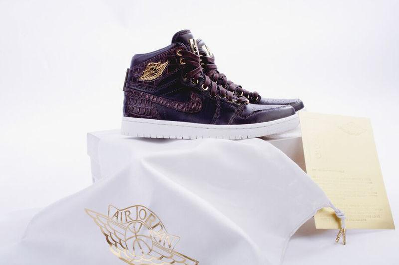 Luxurious Crocodile Kicks
