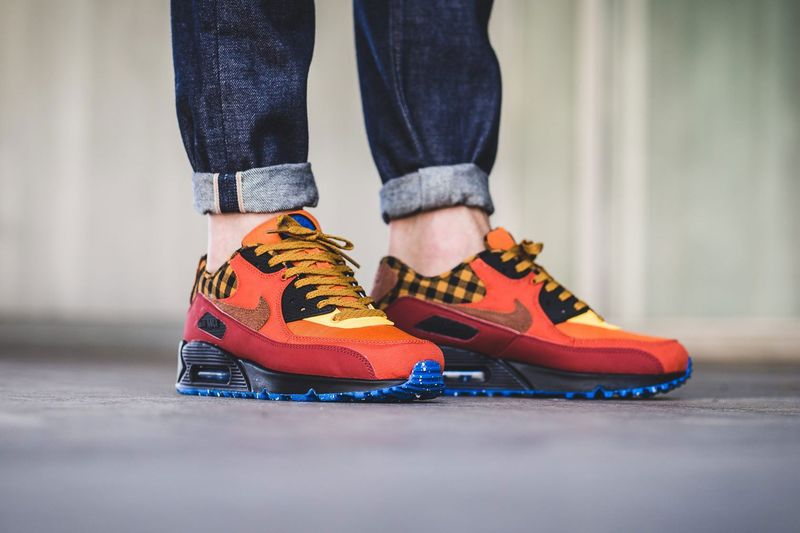 Bonfire Inspired Sneakers : Air Max 90 Premium