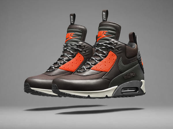 Revitalized Iconic Sneakers : Air Max 90 Sneakerboot