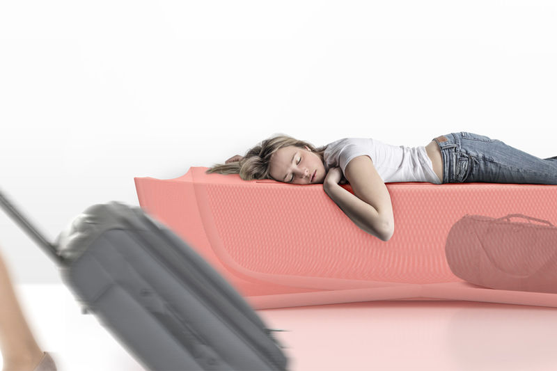 Luggage-Storing Airport Loungers