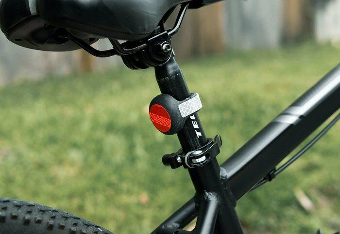 Reflective Cyclist Tracker Mounts