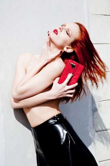 Revealing Redhead Shoots