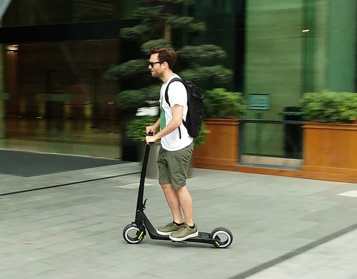 Speedy Hubless Wheel Scooters
