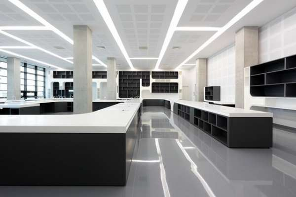 Contemporary Reference Centers