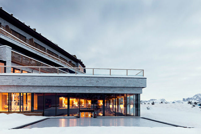 Luxe Mountainside Resorts
