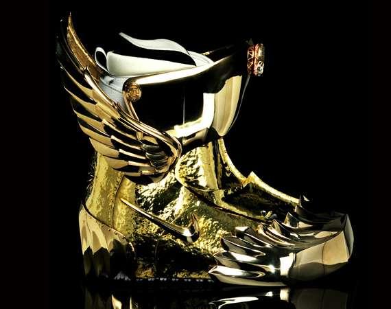 Golden Boarder Gear