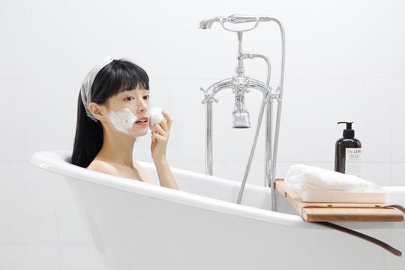 Vibrating Silicone Skin Scrubbers