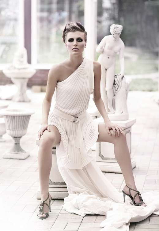 Statuesque Grecian Photography