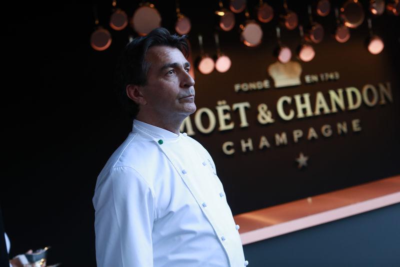 Lavish Champagne Anniversaries