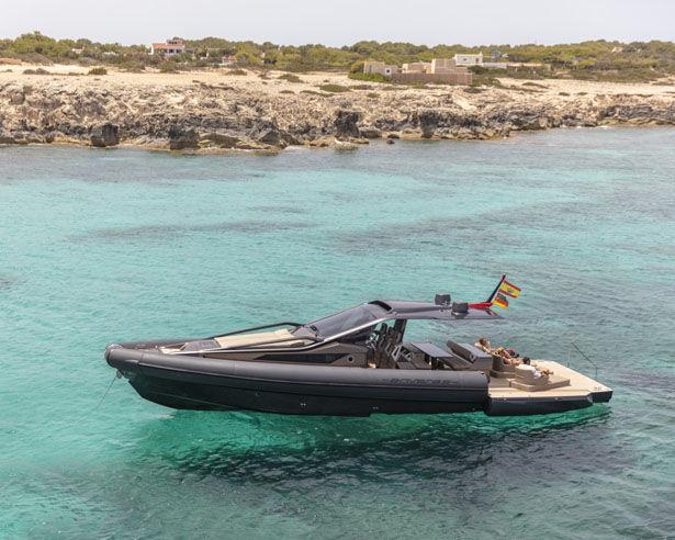 Ultra-Safe Carbon Fiber Yachts