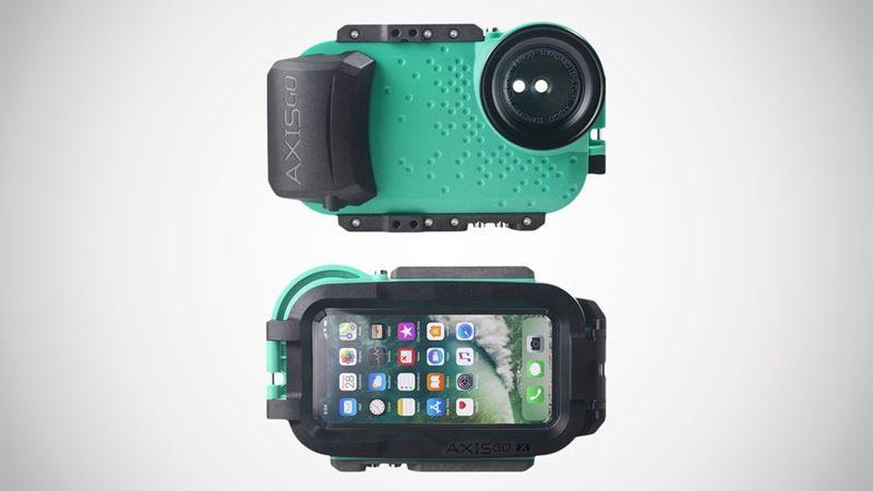 Underwater Videographer Smartphone Cases