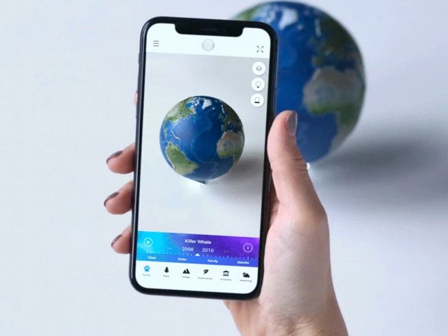 Earth-Experiencing AR Models