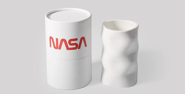 AR-Powered Space Travel Mugs