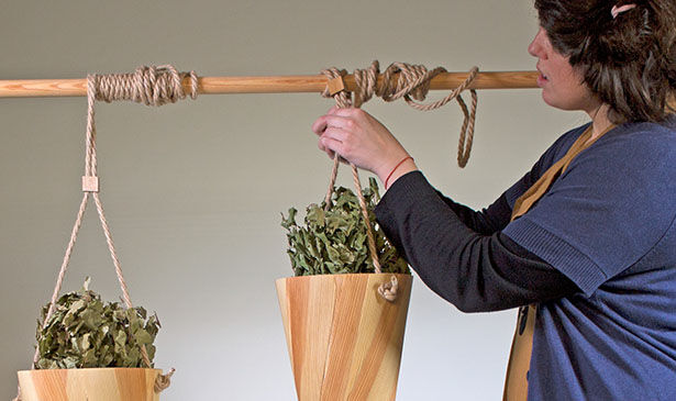 Herb-Holding Aromatherapy Pots