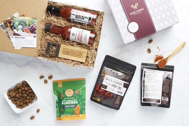 Social Good-Oriented Gift Boxes