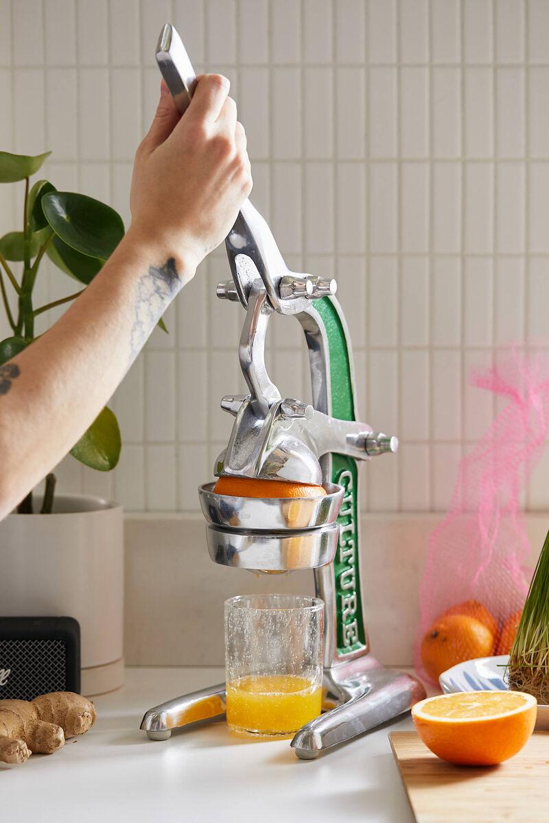Hand-Powered Artisan Standing Juicers
