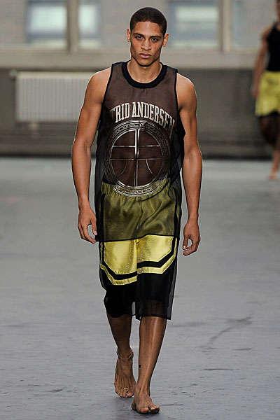 Uber Chich Sportswear