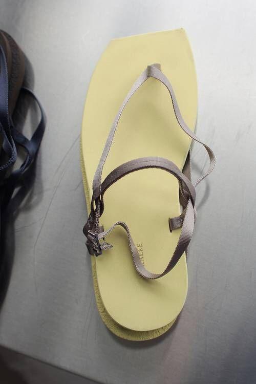 Minimal Seasonal Footwear Designs