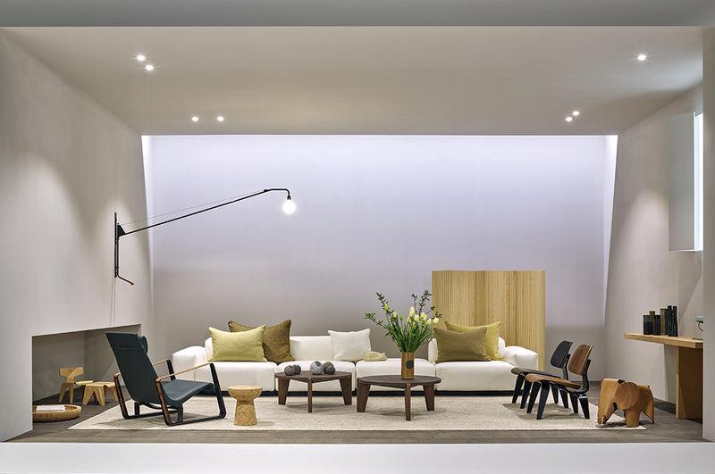 Storytelling Furniture Arrangements