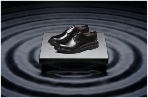 90s Skate-Inspired Sneakers