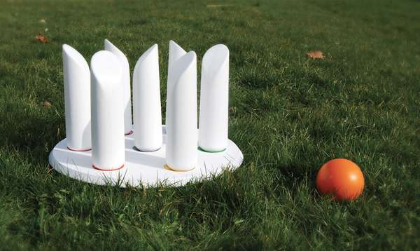 Bobbling Outdoor Bowling