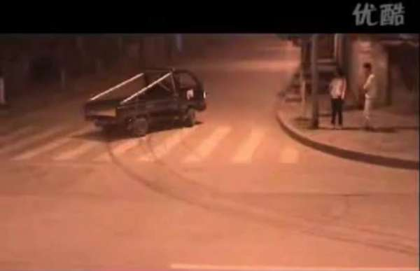 Tiny Truck Drifting