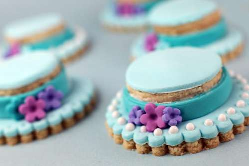 Delicate Bonnet Biscuits