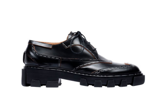 Androgynous Fall Footwear