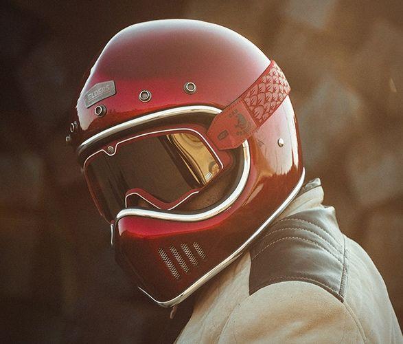 Desert Racing-Inspired Goggles