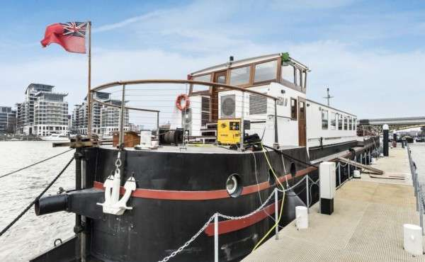 Upcycled Barge Penthouses
