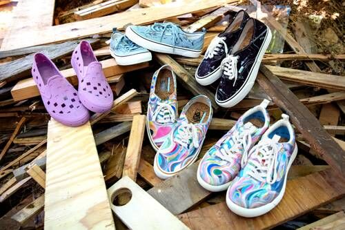 Artist Graphic Expressive Apparel - Chris Johanson Drops Be Cool To Your Living World Pack with Vans (TrendHunter.com)