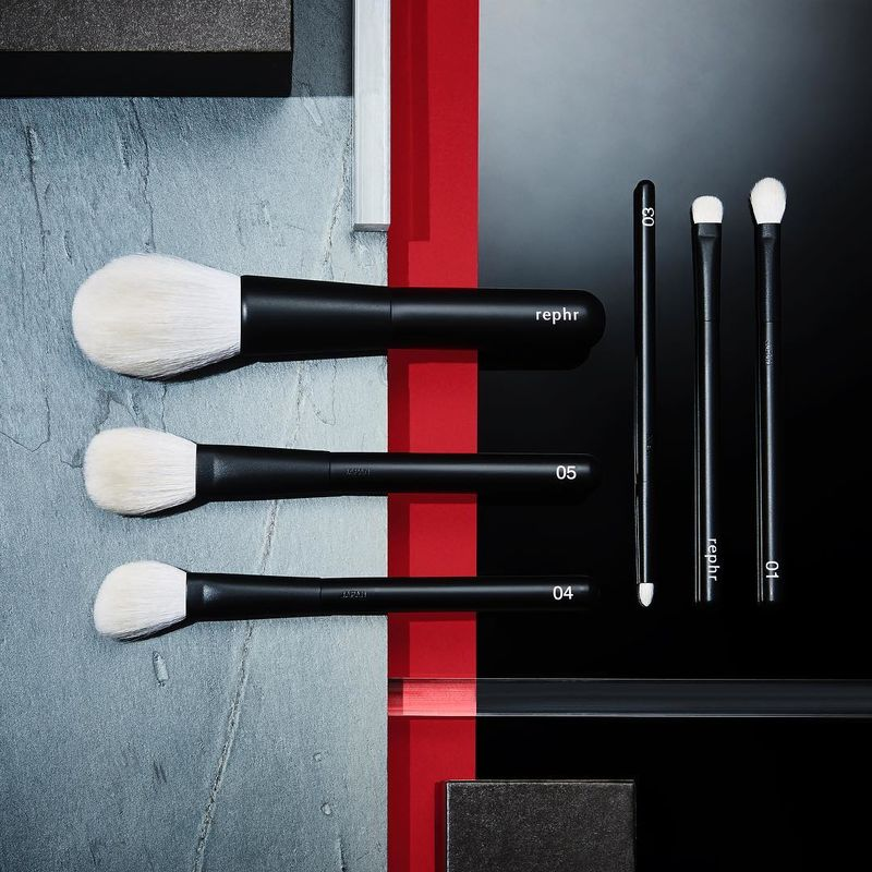 Crowdsourced Makeup Brushes