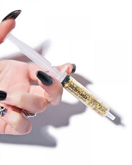 Glittering Cosmetic Syringes