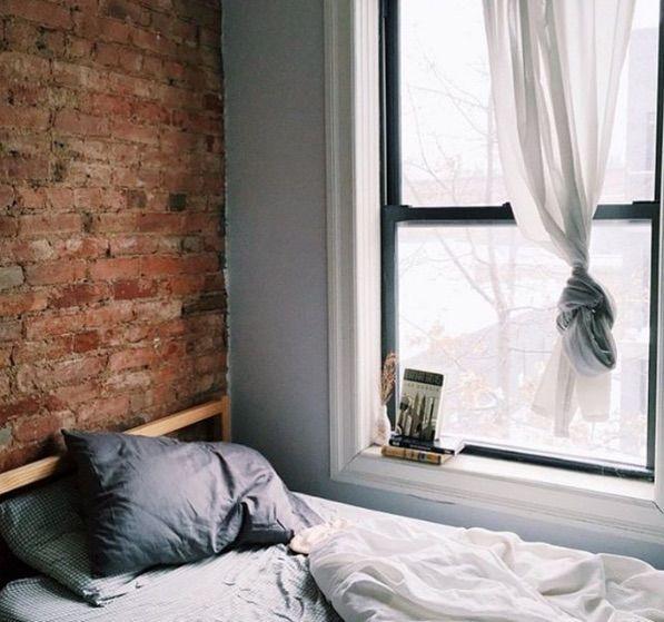 Sleep-Focused Social Accounts