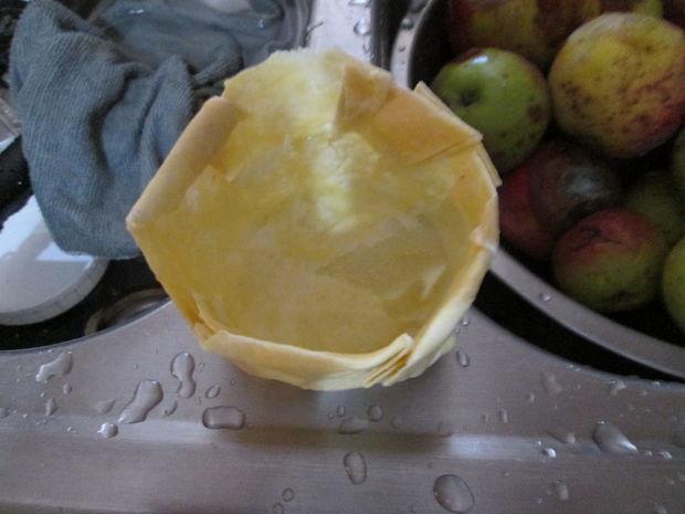 DIY Beeswax Bowls