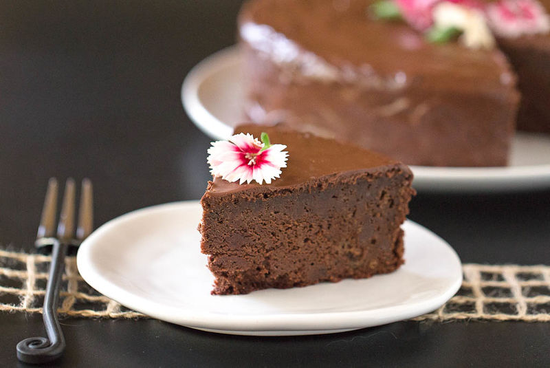 Earthy Chocolate Cakes