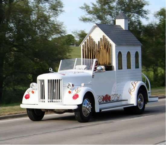 4 Wheeled Marriage Venues Best Man Mobile Wedding