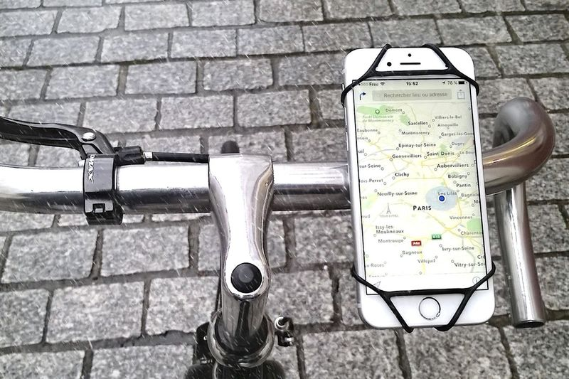 Case-Free Cyclist Phone Mounts