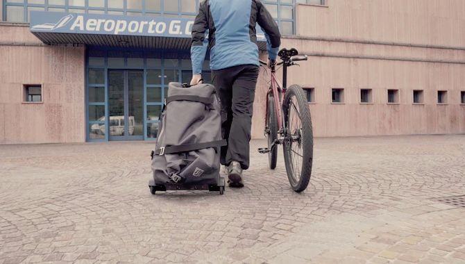 Travel-Friendly Bike Trolleys