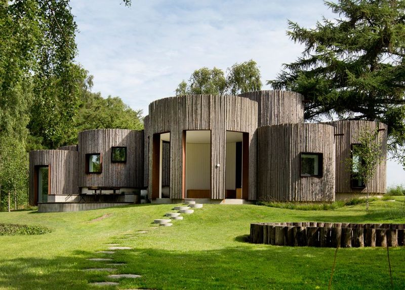 Cylindrical Log Cabins