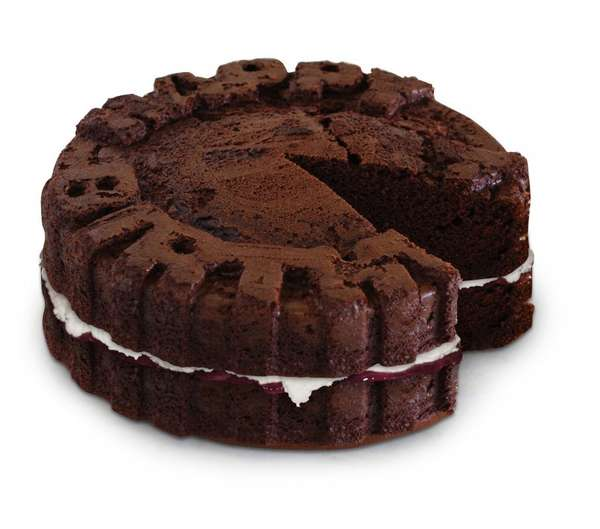 Message-Imprinted Cake Molds