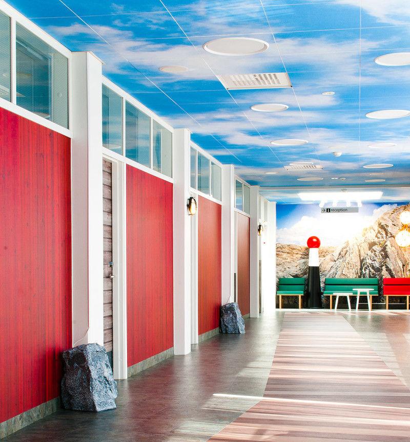 Aquatic-Themed Children's Hospitals