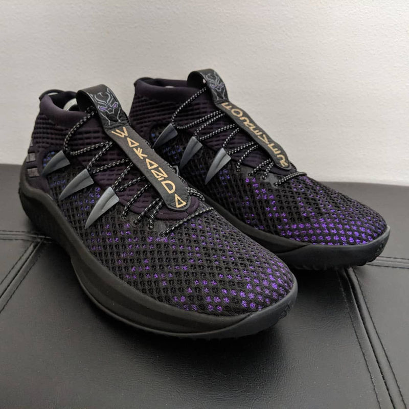 9c9f407eed4468 Fan-Created Superhero Sneakers   black panther themed sneakers