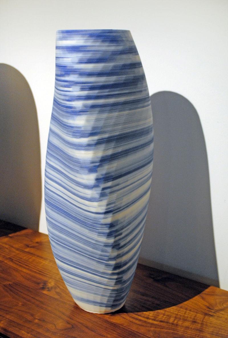 3D-Printed Porcelain Vases